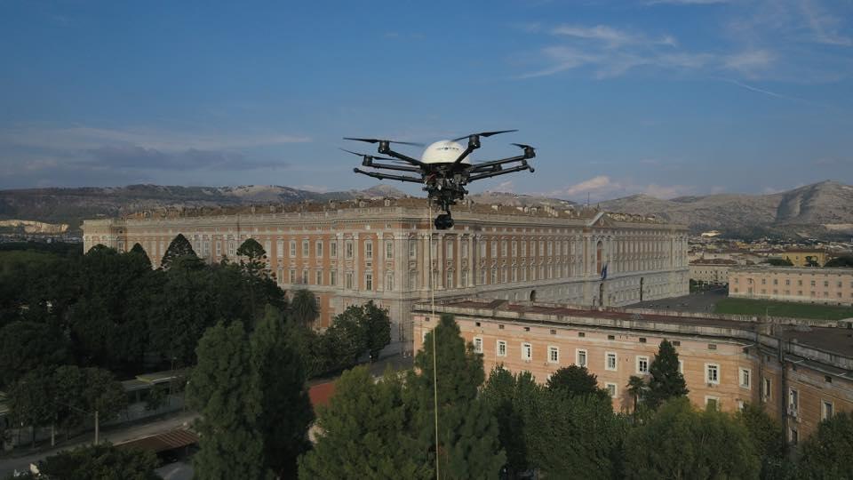 Perché un drone vincolato? I benefici di questa categoria di UAS