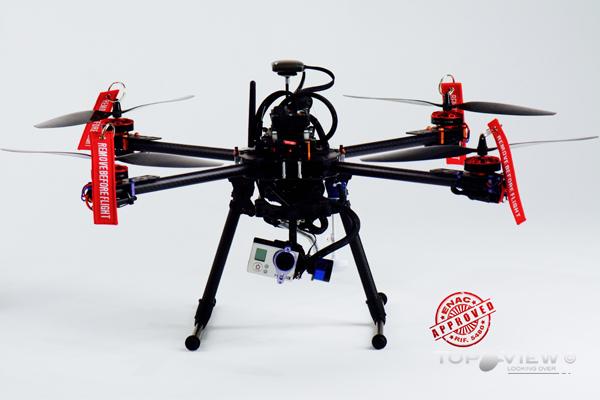 Geko – Il quadricottero autorizzato, con elettronica open source